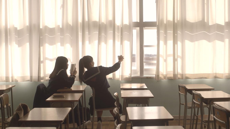 君と、徒然 女同士ならではの濃密な空気感に引き込まれる。人気写真家が手掛けるオムニバス作品