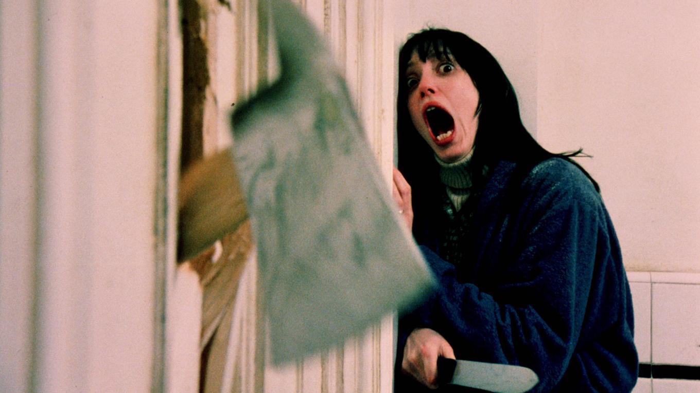 『シャイニング』雪に閉ざされた広大なホテル。そこで親子3人を襲う怪現象の数々! をもう一度観るなら無料の動画配信がお得!